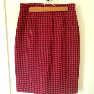 Vintage Hounds Tooth Pencil Skirt